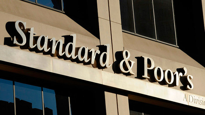 Standard & Poor 500 is Overvalued