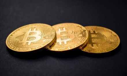 Peter Schiff Sees Bitcoin As The Pin