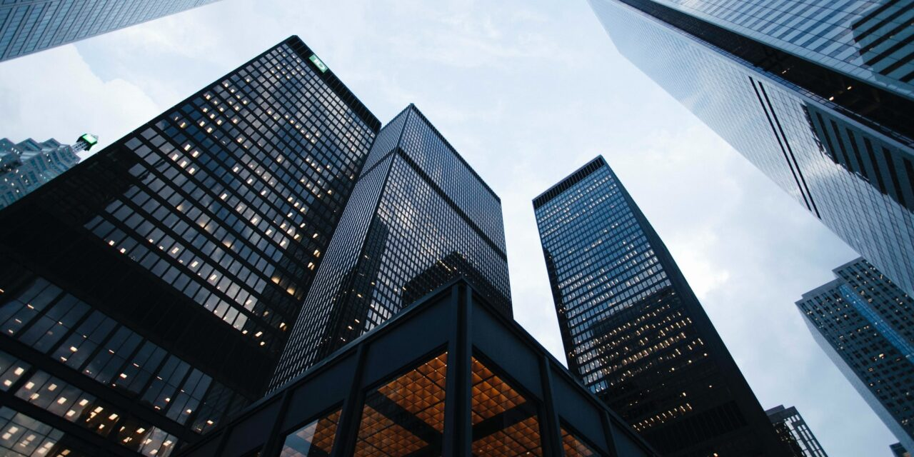 Sam Zell Shelves Real Estate Acquisitions
